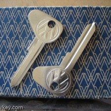 (M) Profile VW Logo Key Blanks Bug/Ghia $15.00 EA